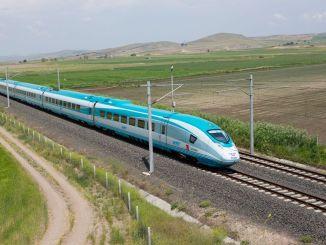 demiryollarinda hedef yilinda bin kilometrelik aga ulasmak