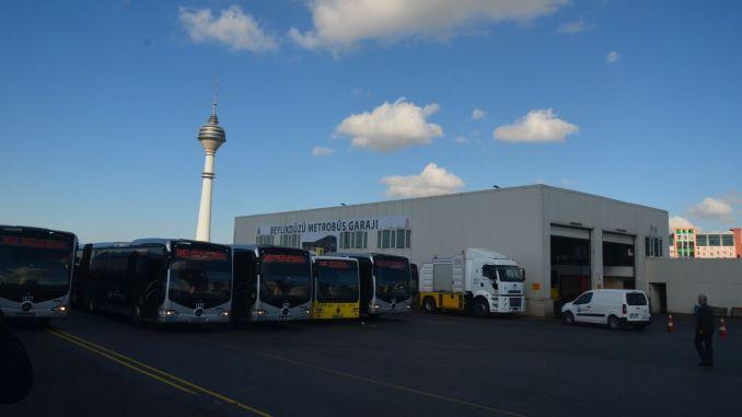 έκαναν επισκευή του τμήματος metrobus των χιλιάδων δολαρίων που αγοράστηκε από το εξωτερικό