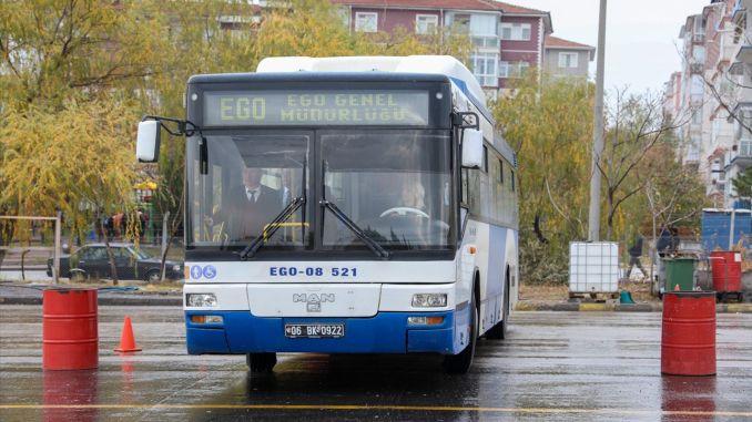 Управлението от его автобусите вече е при жените