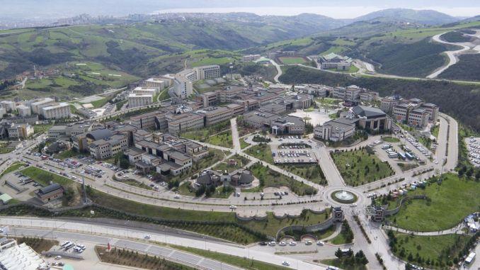 An alternative route has been created to reach the Kocaeli University.