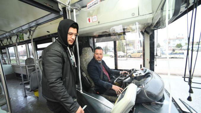 прозрачна защитна кабина за водачите на автобуси