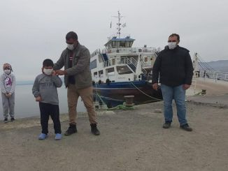 Masks and gloves were distributed to the citizens at the ferry port of Malatya Atabey