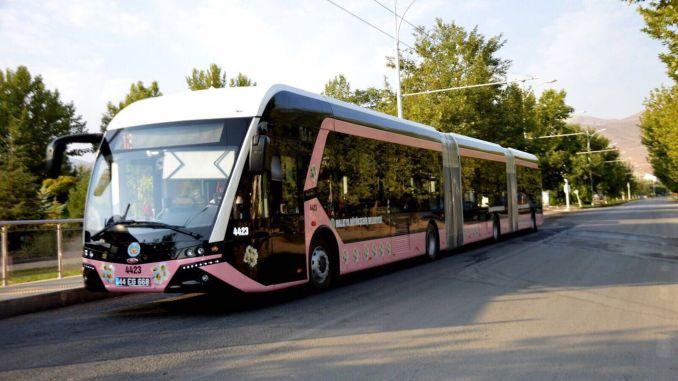 Було визначено автобусні лінії, які курсуватимуть у комендантській годині в Малатії