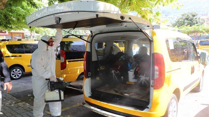 A taxit és a taxit megállították egész Alanyában