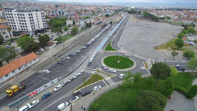 balikesir gar road was buried in green