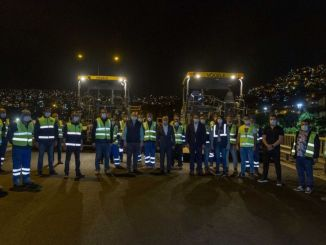 Президент Соєр відвідує асфальтових працівників та відзначає 1 травня День праці