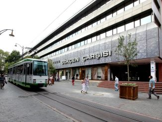 вулиця Республіки, ностальгічний трамвайний туризм і бортовий транспорт