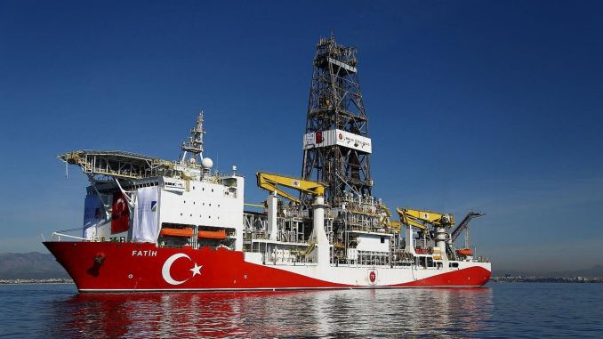 fatih sontaj gemisi karadenizde petrol arayacak