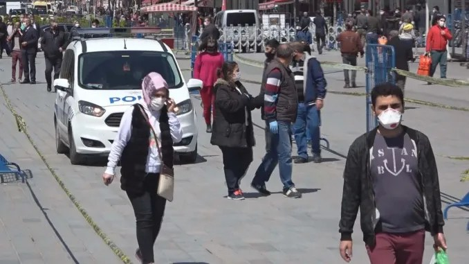 The number of streets in Istanbul increased