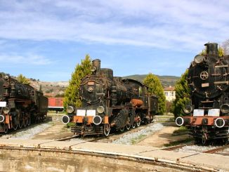 izmir camlik steam train banana
