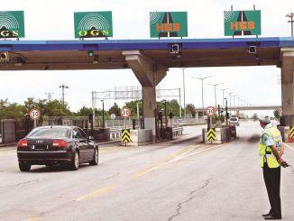 规管高速公路上的桥梁和人行横道