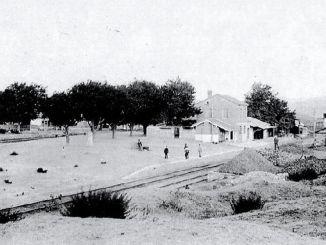 Azizia vasúti