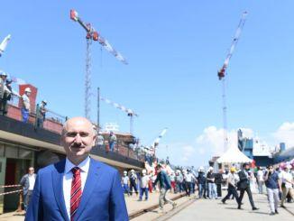 il ministro ha partecipato al lancio del peschereccio, karaismailoglu