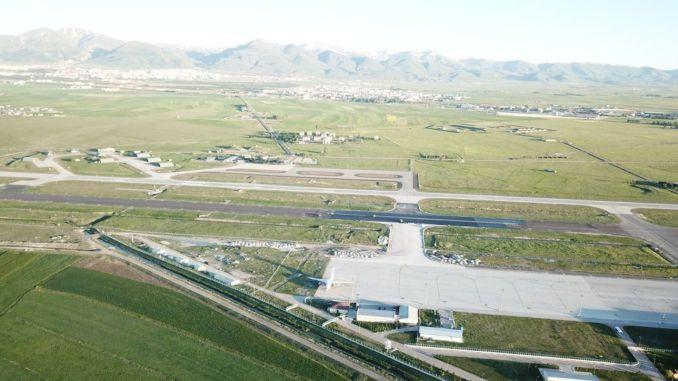 minister lufthavn forklaring fra minister karaismailogl