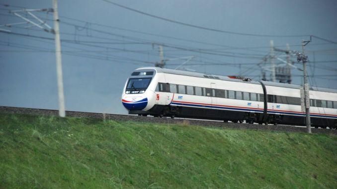 Bursa stretches to railroad
