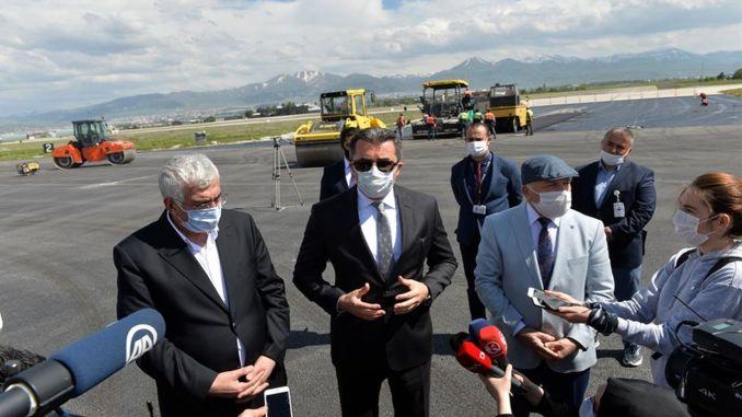 erzurum havalimanindaki calismalarin yetersizligi vali memisi kizdirdi