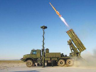 كما تم نشر نظام صواريخ الدفاع الجوي في سوريا