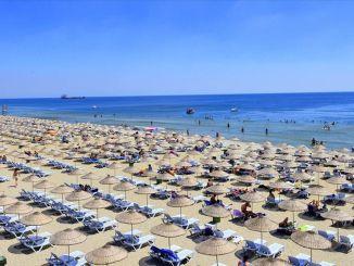 Strandsæsonen i Istanbul åbner i juni