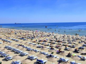 La temporada de playa en Estambul abre en junio