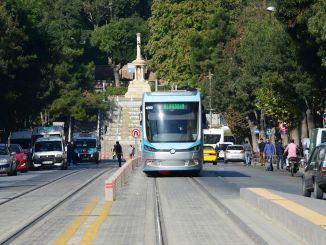 Il servizio di tram non stop inizia domani