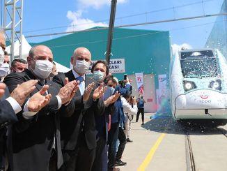 почела су фабричка испитивања националног сета електричних возова