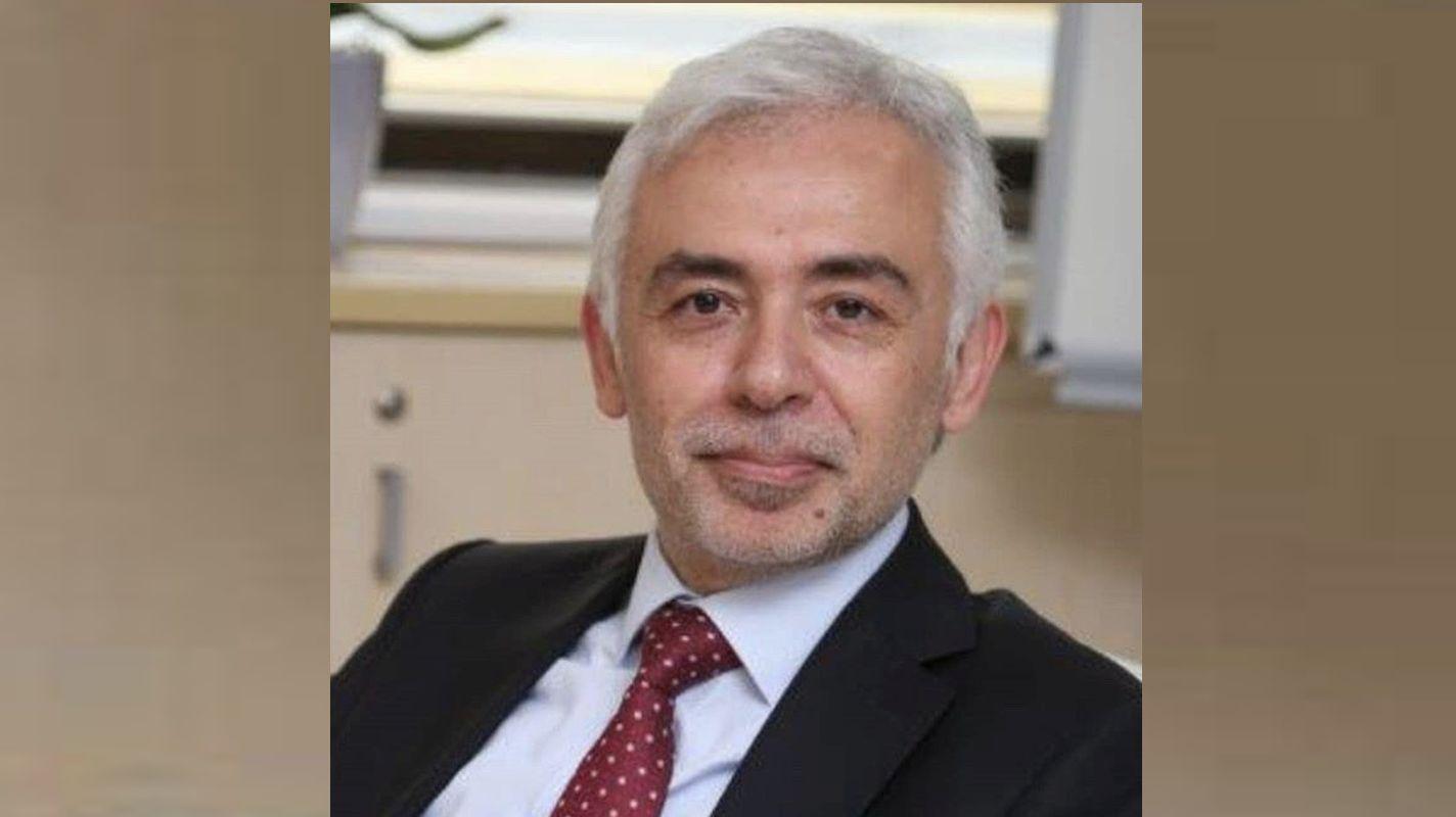 Who is Mustafa Metin Author