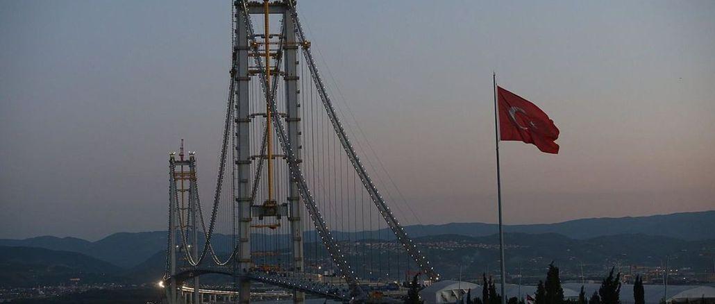 Турецький міст і карта списку міст