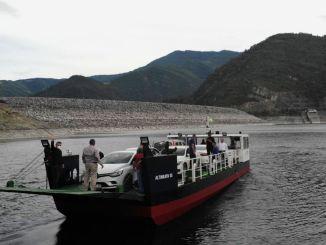 Kukuha ako ng vezirkopru bafra at ang istasyon ngayon ay may ferry