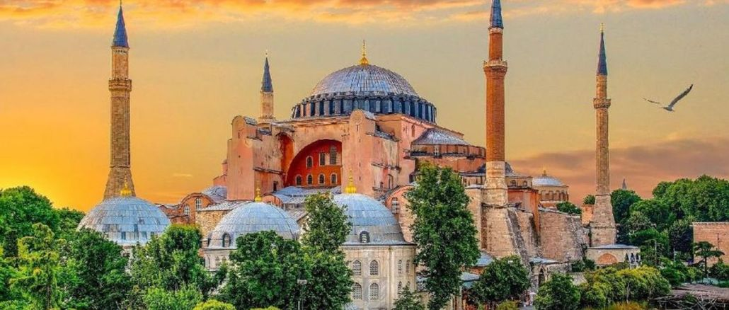 Решение Государственного Собора Святой Софии было сброшено, как бомба, на мировую повестку дня