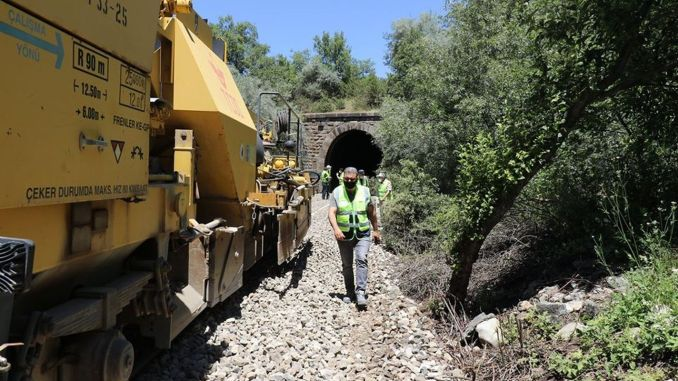 Radovi na niveliranju započeli su u željezničkim tunelima Afyon
