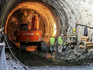 menanggapi klaim downtime dalam proyek metro dari direktorat jenderal investasi infrastruktur