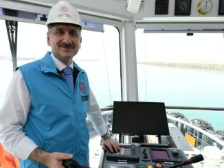 ministar slavi obalni praznik s karaismailogom