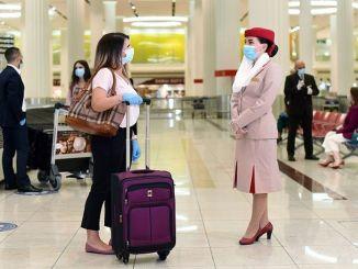 emiráty pokrývajú cestovné náklady cestujúcich