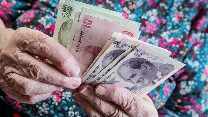 Hvornår indbetales hjemmepensionen og uførepensionen?