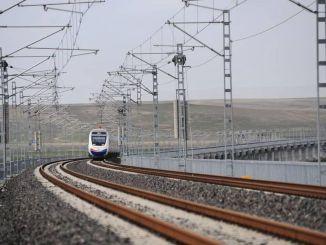 A nagysebességű vasútvonalak egész évben eléri a kilométereket