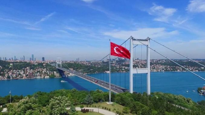 Drugi vrat Istanbula, Fatih Sultan Mehmet je u dobi od mosta