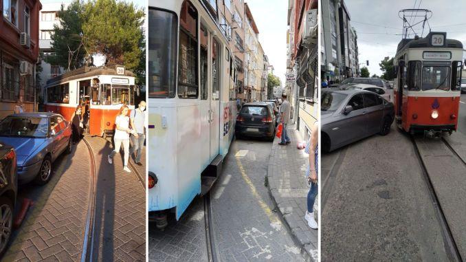 Un obstacle de stationnement défectueux aux services de tramway de la mode kadikoy
