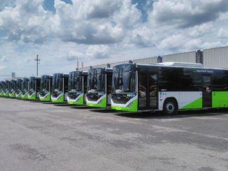 autóbusz export kocsikból árukba