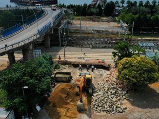 Οι εργασίες συνεχίζονται στη διάβαση πεζών στο Secapark