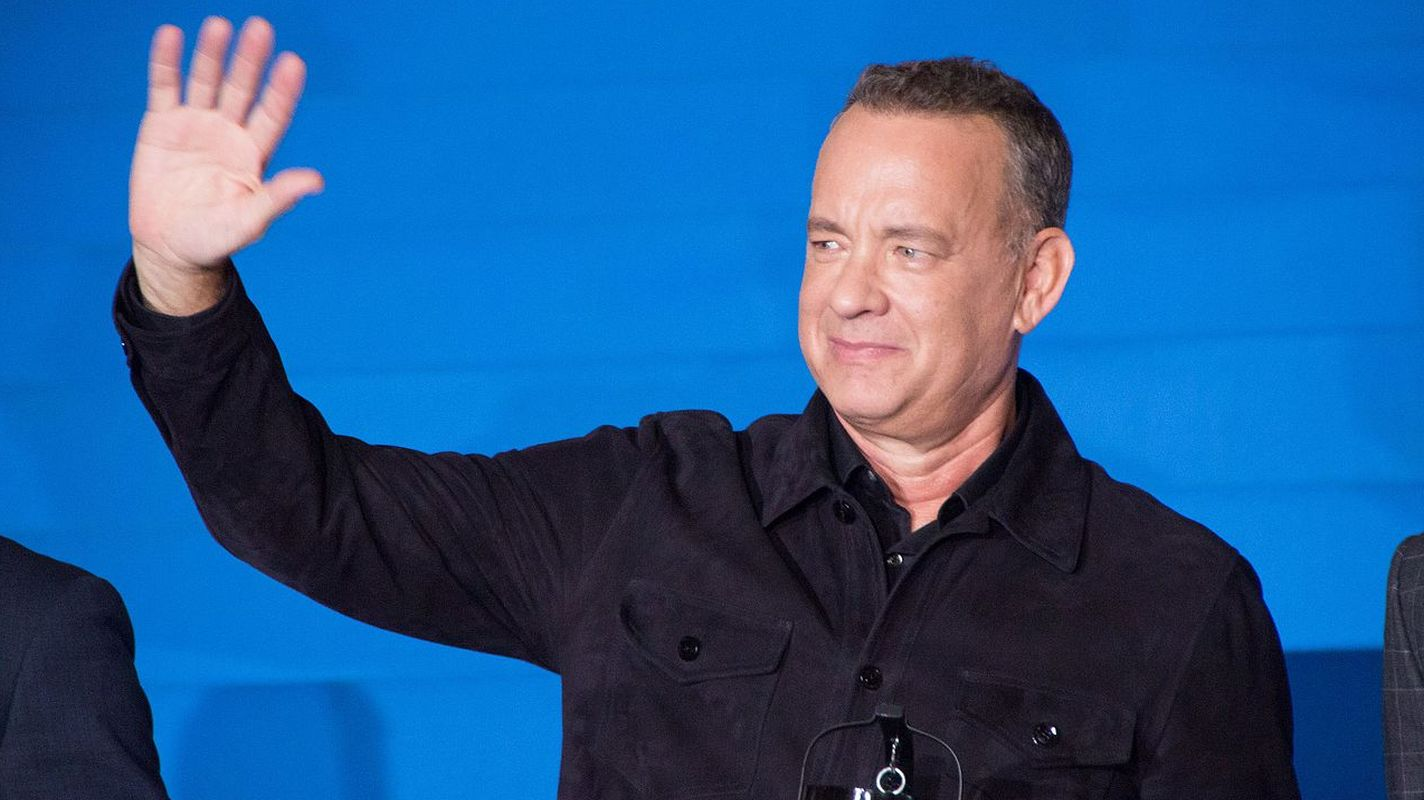 raillynews.com: Who is Tom Hanks Receiving Greek Citizenship?