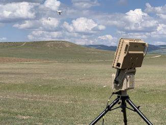helyi retina fényszóró és drone érzékelő radar szállítása