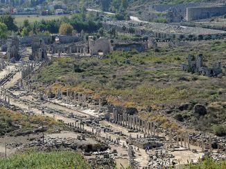 Wo ist Perge Ancient City Geschichte und Geschichte von Perge Ancient City