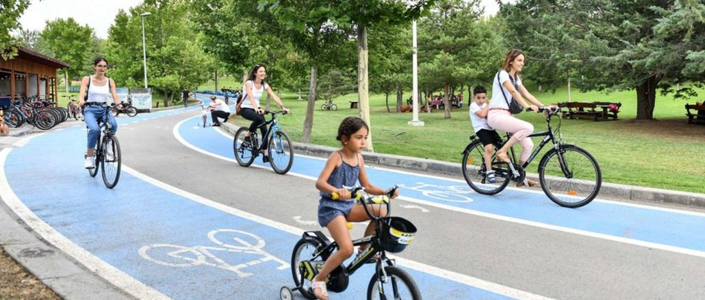 baskentte bisiklet tutkunlarinin yeni mekani agustos zafer parki