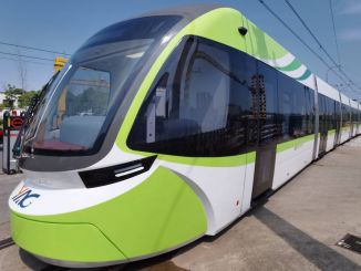 Gin-first-driverless-tram-to-use