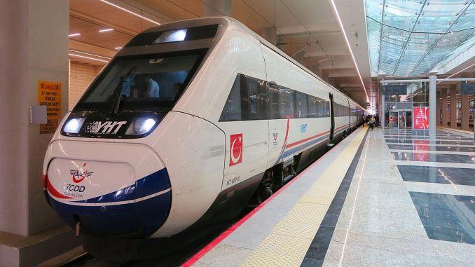 Тисячі пасажирів перевезли в Іх під час Ід аль-Адхи
