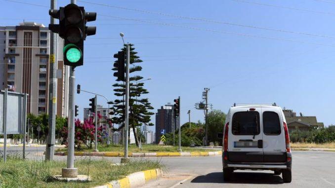 Движение в Мерсине регулярное, риск аварии сведен к минимуму.