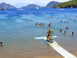 Barriers are lifted with unobstructed beaches in Mugla