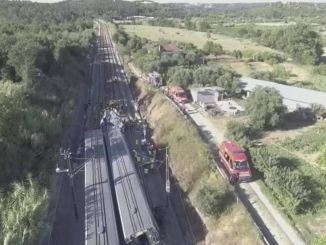 fast train crash in portugal injured