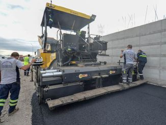 Ankara Metropolitan Will Perform 15 Kilometers Asphalt Work in 780 Districts