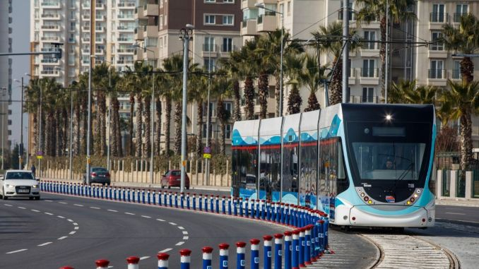 Çiğli Tramvayında Gözlər 20 Oktyabra çevrildi